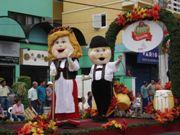 Desfile da Oktoberfest Igrejinha